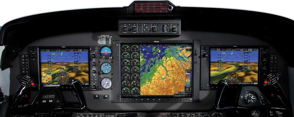 gps-garmin-1000-panel frontal y control de mandos avion