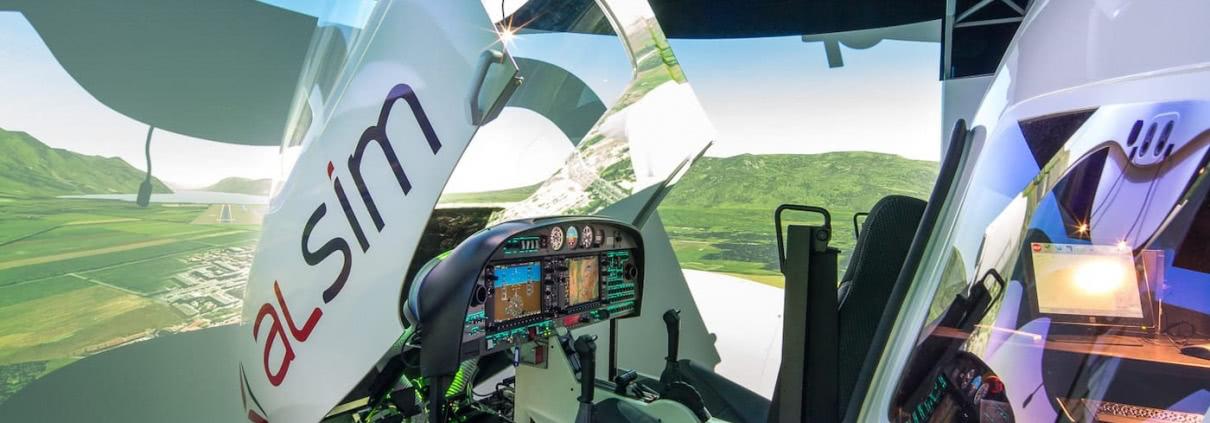 simulador alsim al42, el primero en una escuela de pilotos de avion en espana